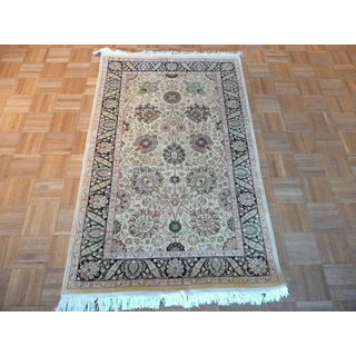 Hand-knotted Gold-colored Wool Persian Fine Kashan Rug (3'1 x 5)
