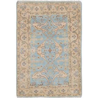 eCarpetGallery Royal Ushak Blue Wool Hand-knotted Area Rug (4'1 x 5'11)