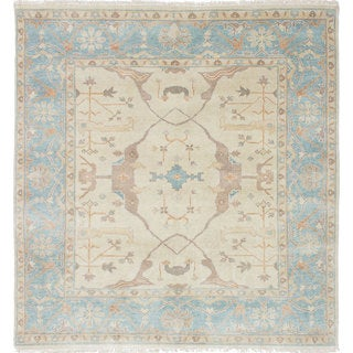eCarpetGallery Royal Ushak Blue/Ivory Wool Hand-knotted Rug (5'7 x 5'11)