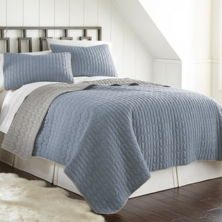 3-Piece Chevron Reversible Coverlet Set