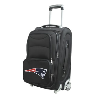Denco New England Patriots 21-inch 8-wheel Carry-on Spinner Suitcase