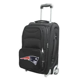 Denco New England Patriots 21-inch 8-wheel Carry-on Spinner Suitcase|https://ak1.ostkcdn.com/images/products/13261858/P19974067.jpg?impolicy=medium