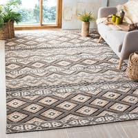 Safavieh Challe Contemporary Hand-Knotted Camel Wool Rug - 6' x 9'