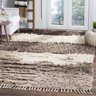 Safavieh Kenya Contemporary Hand-Knotted Ivory/ Grey Wool Rug (6' x 9')