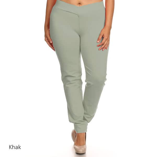 Shop Women\'s Black Rayon/Nylon/Spandex Plus Size Slim-fit ...