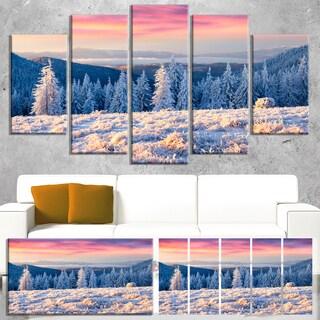 Designart 'Amazing Winter Sunrise in Mountains' Large Landscape Art Canvas Print