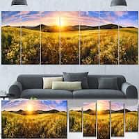 Designart 'Beautiful Meadow Panorama' Landscape Wall Artwork Canvas - Green