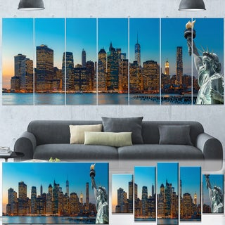 Designart 'Evening New York City Skyline Panorama' Extra Large Cityscape Wall Art on Canvas