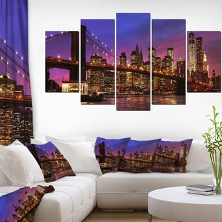 Designart 'Brooklyn Bridge and Manhattan at Sunset' Extra Large Cityscape Wall Art on Canvas