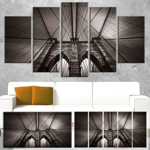 Designart 'Brooklyn Bridge in NYC USA' Extra Large Cityscape Wall Art on Canvas - Grey