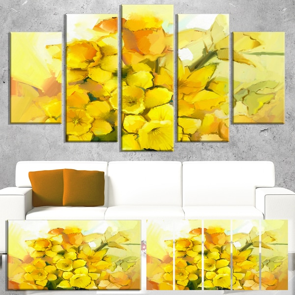 Designart 'Bouquet of Yellow Narcissus Flowers' Large Floral Canvas Artwork