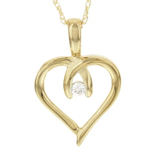 H Star 10k Yellow Gold Diamond Accent Mini Heart Pendant (I-J, I2-I3)