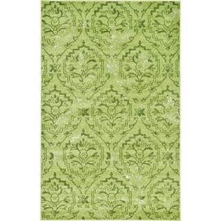 Light Green Damask Rug (5' 1 x 8')