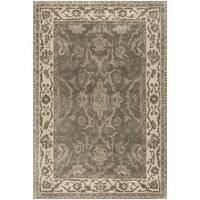 Safavieh Royalty Traditional Handmade Grey/ Cream Wool Rug - 6' x 9'