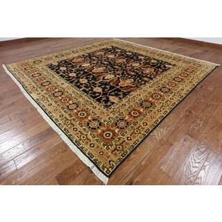 Oriental Peshawar Black Hand-knotted Wool Rug (9'10 x 10'0)
