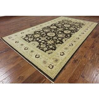 Peshawar Brown Wool Hand-knotted Oriental Rug (6'8 x 11'6)