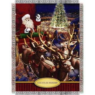 ENT 051 Polar Express Santa Flight Tapestry Throw