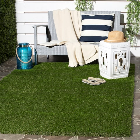 "Safavieh Vista Shag Verdant Green Indoor/ Outdoor Faux Grass Rug - 5'3"" x 7'7"""