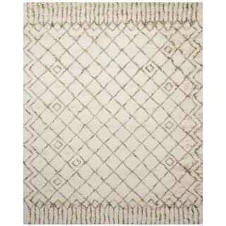 Safavieh Handmade Casablanca Shag Santina Tribal Wool Rug (10 x 14 - Ivory/Green)