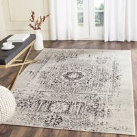 Safavieh Evoke Vintage Ivory / Black Center Medallion Distressed Rug - 9' x 12'