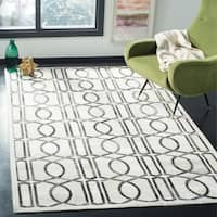 Safavieh Studio Leather Modern Handmade Ivory/ Grey Leather Rug (8' x 10')