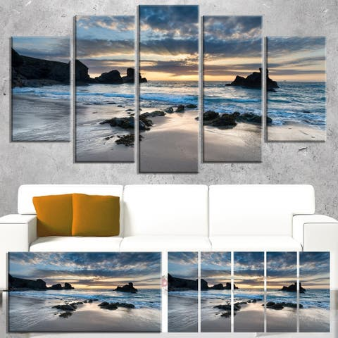 Designart 'Beautiful Porthcothan Bay' Modern Canvas Wall Art - Blue