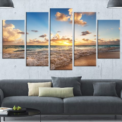Designart 'Sunrise on Beach of Caribbean Sea' Large Seashore Canvas Artwork Print