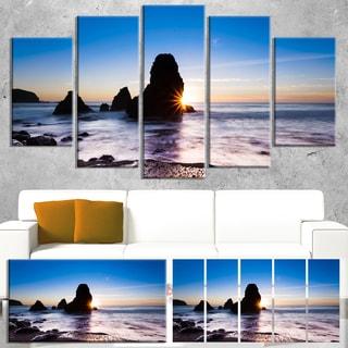 Designart 'Sunset at Rodeo Beach Panorama' Modern Seashore Canvas Wall Art Print