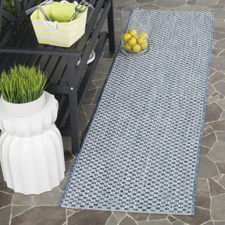 Safavieh Indoor/ Outdoor Courtyard Blue/ Light Grey Runner (2' x 8')