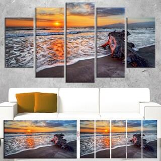 Designart 'Fantastic Sandy Shore at Sunset' Seashore Art Print on Canvas
