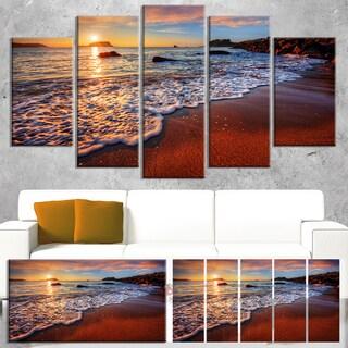 Designart 'Stunning Ocean Beach at Sunset' Seashore Art Print on Canvas