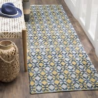 Safavieh Montauk Handmade Geometric Flatweave Gold/ Multi Cotton Runner - 2'3 x 6'