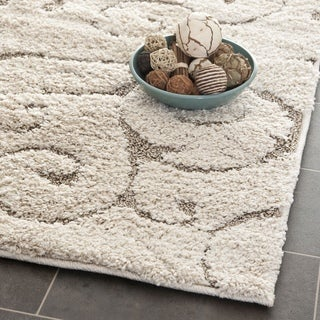 Safavieh Florida Ultimate Shag Ultimate Scrolling Vines Cream/ Beige Shag Runner (2' 3 x 21')