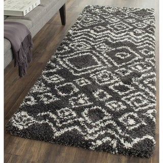 Safavieh Belize Shag Charcoal/ Ivory Moroccan Runner (2' 3 x 11')