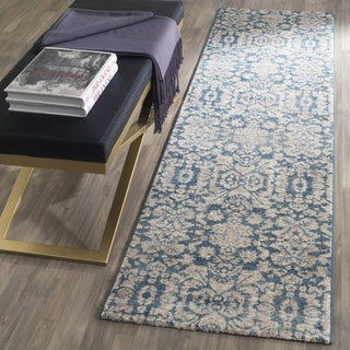 Safavieh Sofia Vintage Damask Blue/ Beige Distressed Runner (2' x 6')