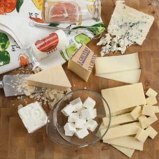 igourmet The Chefs Cheese Collection https://ak1.ostkcdn.com/images/products/13310002/P20017026.jpg?_ostk_perf_=percv&impolicy=medium