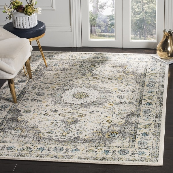 Safavieh Evoke Vintage Oriental Grey / Gold Distressed Rug - 5' 1 Square