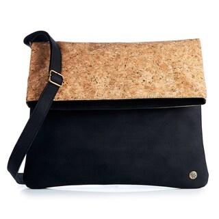 Handmade Foldover Cork Handbag (Colombia)