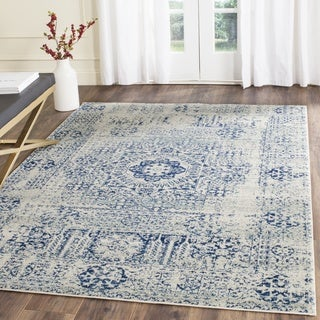 Safavieh Evoke Vintage Ivory / Blue Center Medallion Distressed Rug (6' 7 Square)