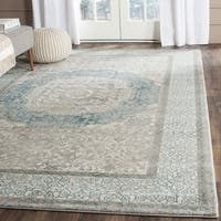 Safavieh Sofia Vintage Medallion Light Grey / Blue Distressed Rug (5' 1 Square)
