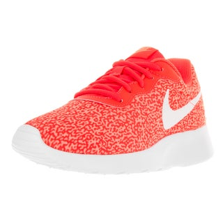 Nike Women's Tanjun Print Brght Crmsn, Brght Crmsn, and Atmc Running Shoe