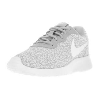 Nike Women's Tanjun Print Wolf Grey/Wolf Grey/White Running Shoe
