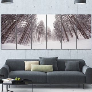 Designart 'Winter Scenery in Trentino Alto Adige' Extra Large Forest Artwork Canvas