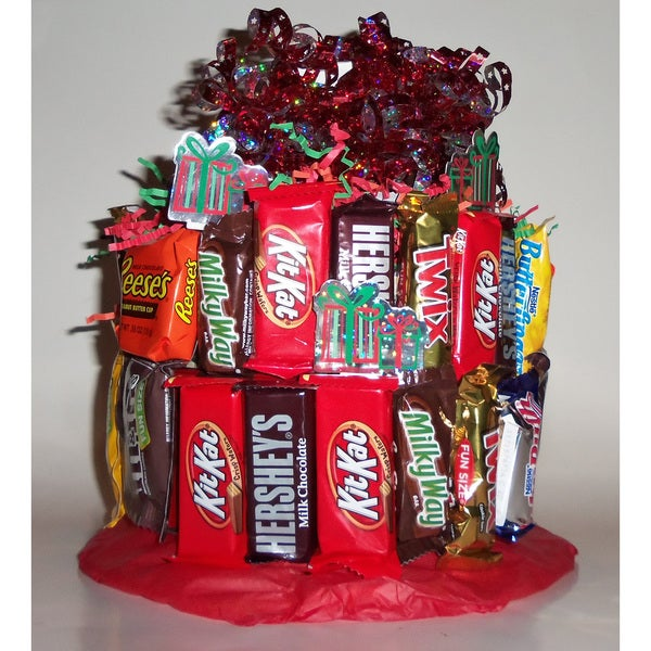 Christmas Candy Cake Food Basket