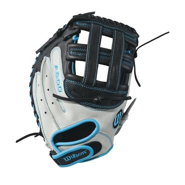 Wilson Aura Fastpitch Grey Leather 33-inch Softball Catcher's Right-handed Mitt