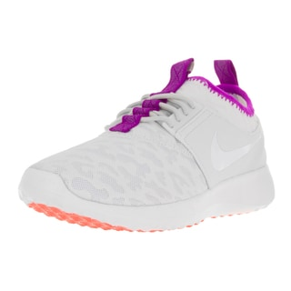 Nike Women's Juvenate PRM White Plastic Running Shoe