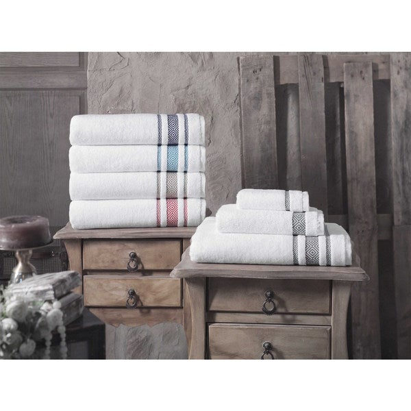 Cornelia 100% Turkish Cotton Bath Towels (Set of 2)