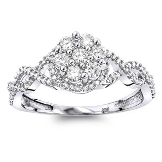 Luxurman 14K White Gold 0.5ct TDW Diamond Cluster Flower Promise Ring