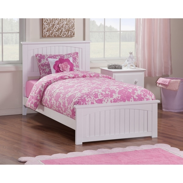 Nantucket Twin Bed with Matching Foot Board in White. Opens flyout.
