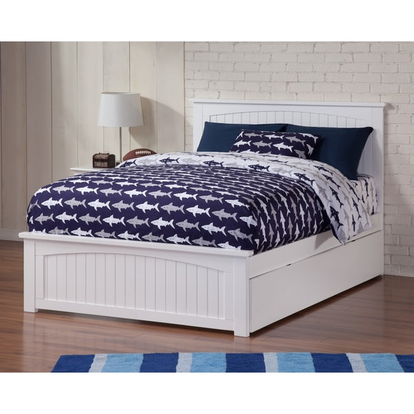 Nantucket full bed with matching foot board with urban for Urban home beds